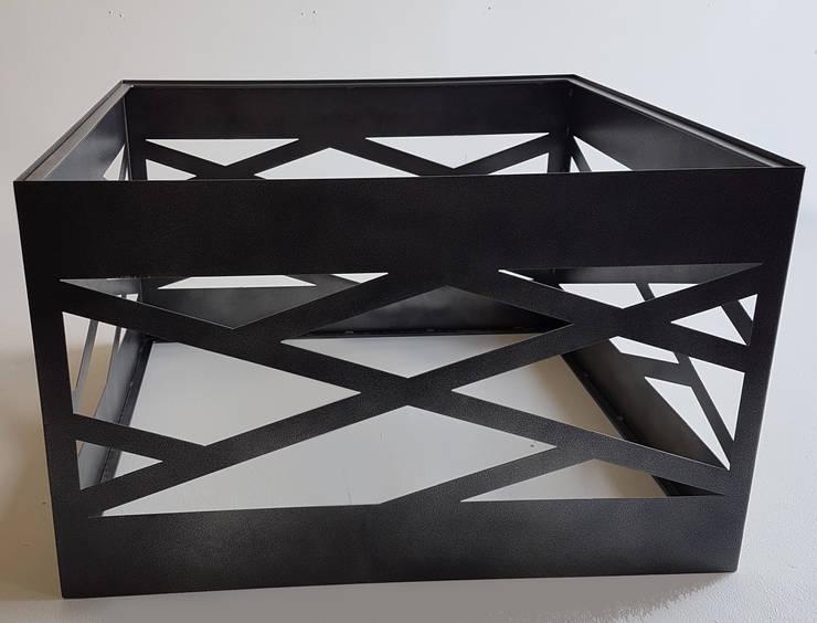 African Table Design:  Balconies, verandas & terraces  by Metallica Steel