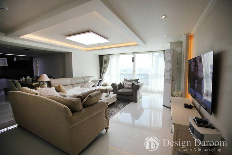 ห้องนั่งเล่น by Design Daroom 디자인다룸
