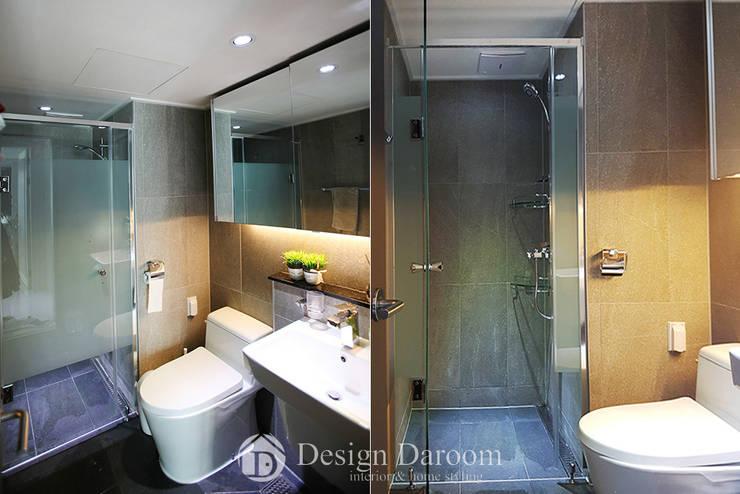 광장동 현대홈타운 53평형 거실욕실: Design Daroom 디자인다룸의  욕실