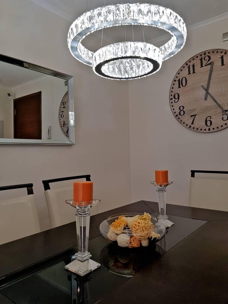 Living comedor 28 m2: Comedores de estilo  por Oscar Saavedra Diseño y Decoración Spa