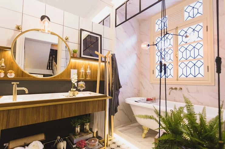 Baños de estilo  por Quadra 17 I Arquitetura e Interiores