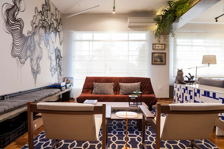 Apartamento Frei Caneca: Salas de estar  por Marcella Loeb