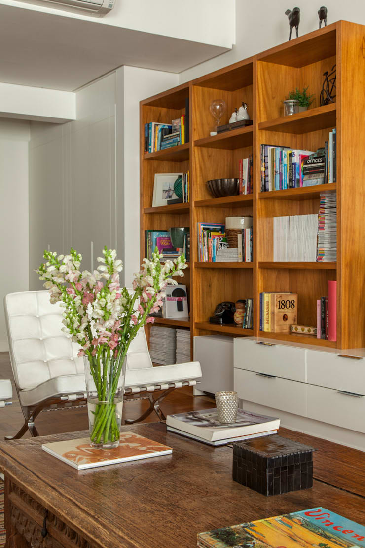 Apartamento Higienópolis: Salas de estar modernas por Marcella Loeb