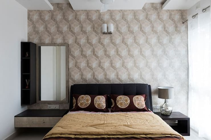 Completed Home Design:  Living room by HomeLane.com,