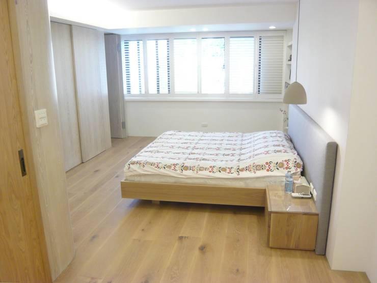 Bedroom by 第宅空間設計 ,