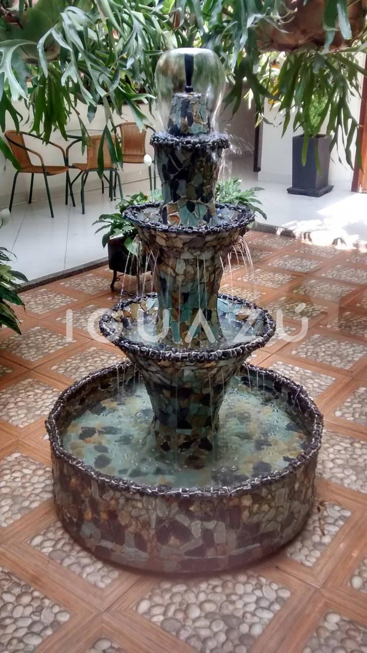 Iguazú Fuentes de Agua en Medellín:  de estilo  por Iguazú Fuentes de Agua, Moderno