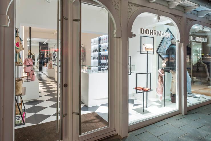 DOHRMANN Concept Store:  Geschäftsräume & Stores von JUCH DESIGN ®