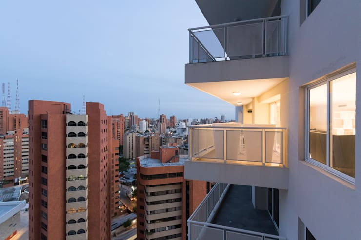 Multi-Family house by Design Group Latinamerica