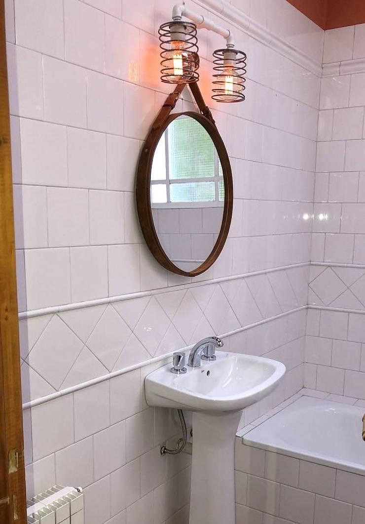 Aplique Vintage Nordico Focos Edison: Baños de estilo  por Lamparas Vintage Vieja Eddie,