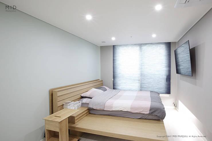영등포 파밀리에: MID 먹줄의  침실