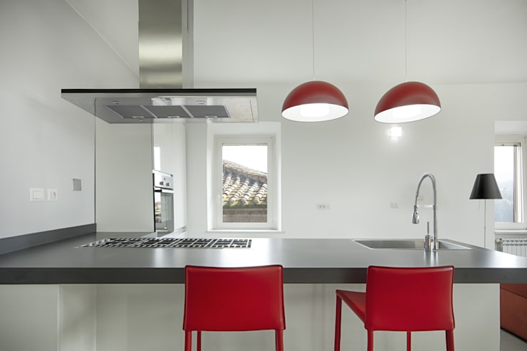 Casa-Cannocchiale: Cucina in stile  di MAMESTUDIO