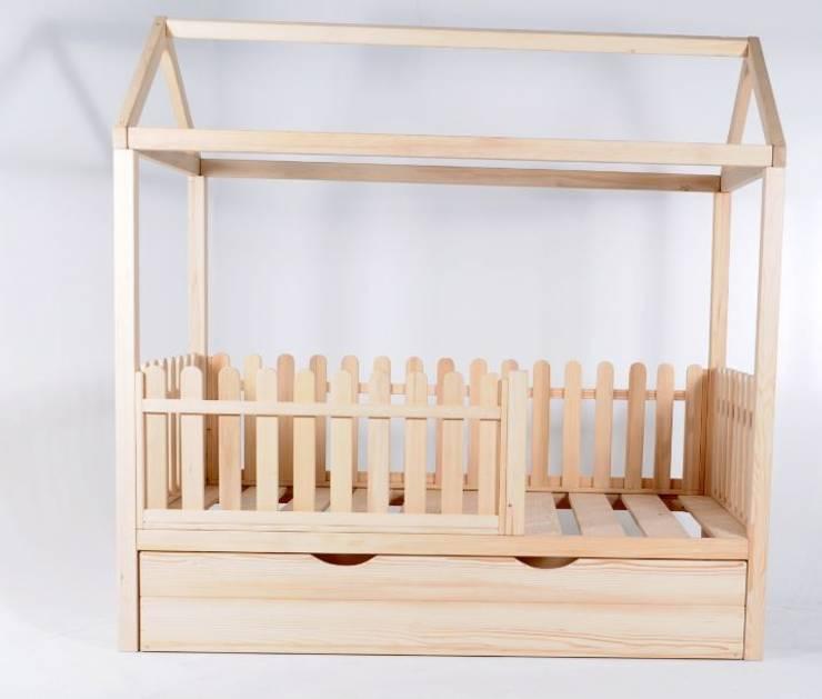 modern Nursery/kid's room by GNC Ahşap Tasarım Orman Ürn. Mimarlık ve Peyzaj San. Tic Ltd. Şti.