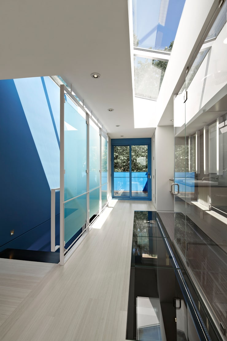See-Through House:  Stairs by KUBE Architecture