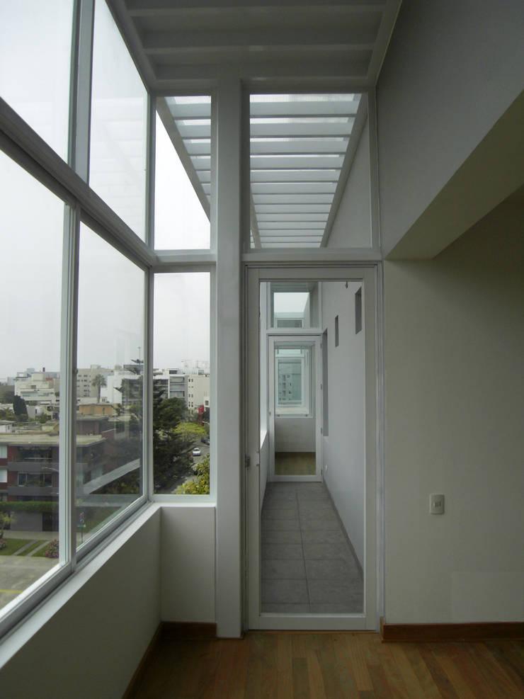Penthouse Barranco: Terrazas de estilo  por Artem arquitectura