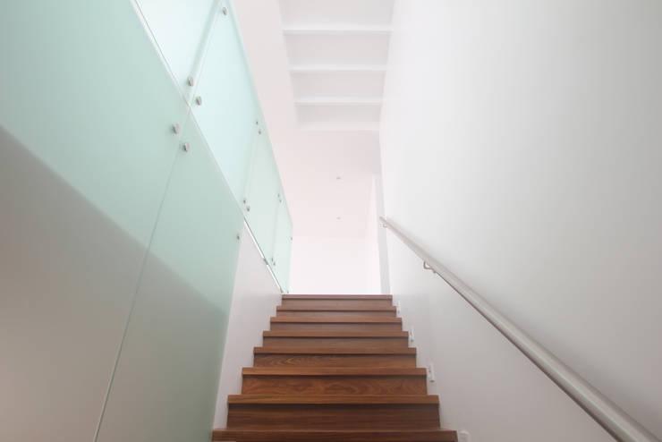 Projekty,  Schody zaprojektowane przez Artem arquitectura