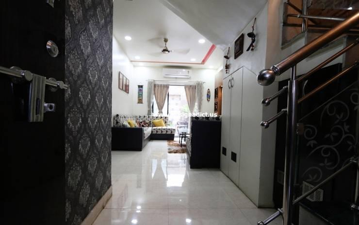 Row house interior design work in Pashan Pune: modern  by Designaddict,Modern Wood-Plastic Composite