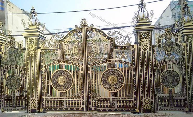 Cổng nhôm đúc phù điêu Buckingham:   by Công ty cổ phần nhôm đúc Fuco