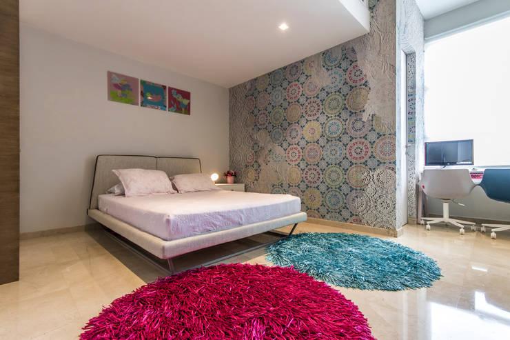 Habitación de las niñas - Nivel inferior: Dormitorios infantiles  de estilo  por Design Group Latinamerica