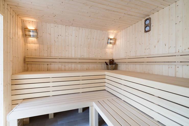 Sauna op maat van Cleopatra:  Sauna door Cleopatra BV, Modern Hout Hout