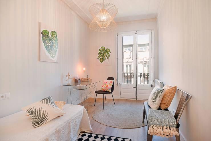 Dormitorio: Habitaciones juveniles de estilo  de Markham Stagers