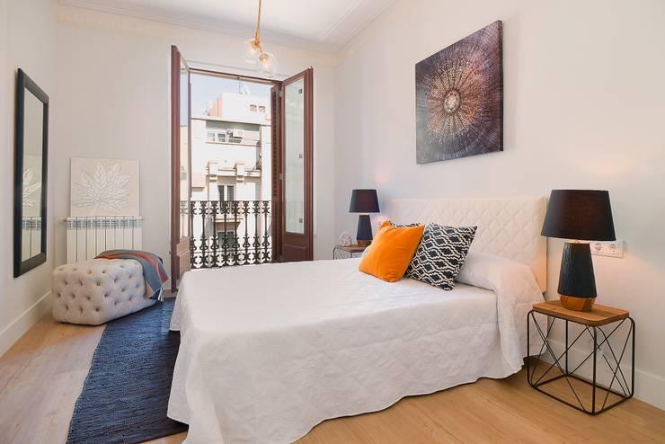 Dormitorio: Dormitorios de estilo moderno de Markham Stagers