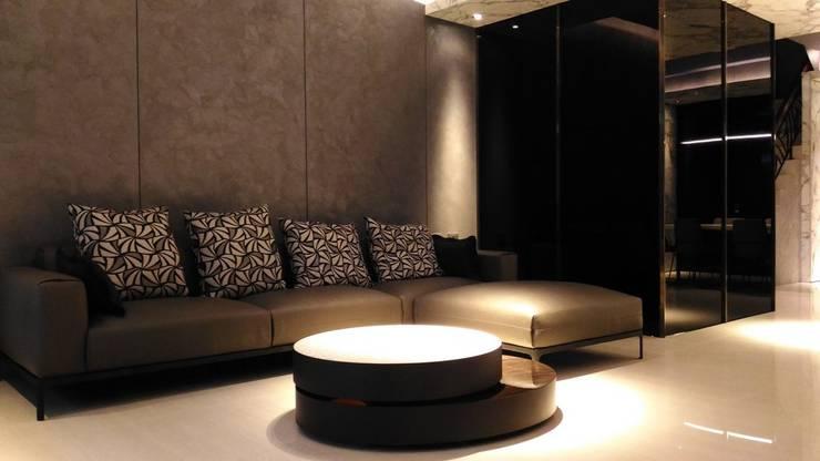 客廳:  客廳 by 勻境設計 Unispace Designs