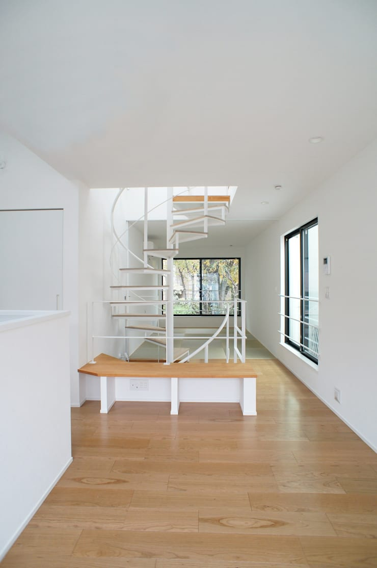 Salon de style  par 一級建築士事務所A-SA工房,