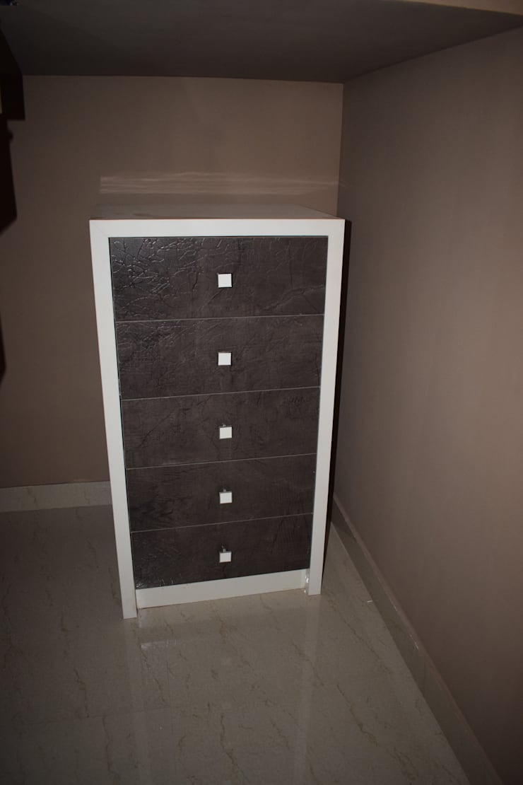 Project 3:  Dressing room by Dream Touch ,Modern