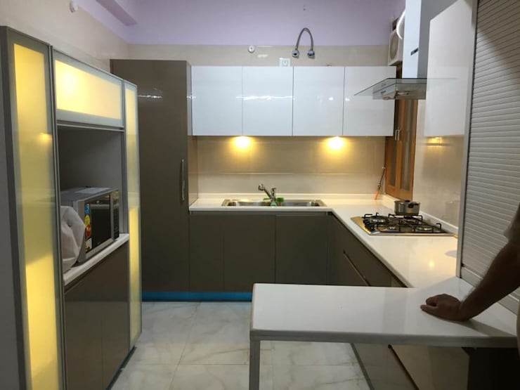Project 1: modern Kitchen by Al Hashro Interiors