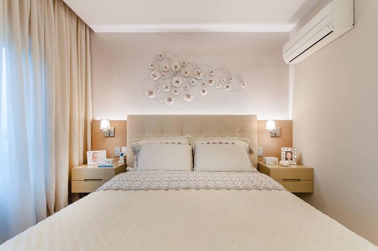 Dormitório feminino: Quartos  por Flávia Bastiani Arquitetura