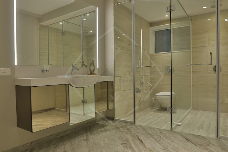 EXPRESSION:  Bathroom by SPACCE INTERIORS