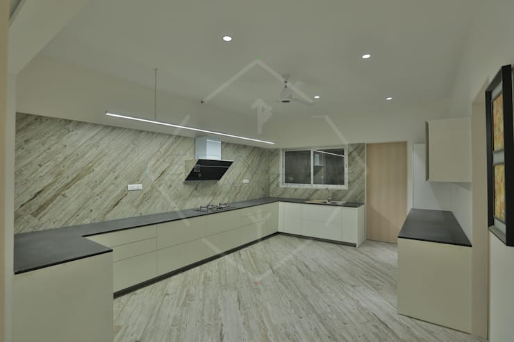 EXPRESSION:  Kitchen by SPACCE INTERIORS