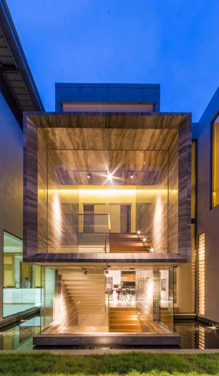 Stairs by MJKanny Architect