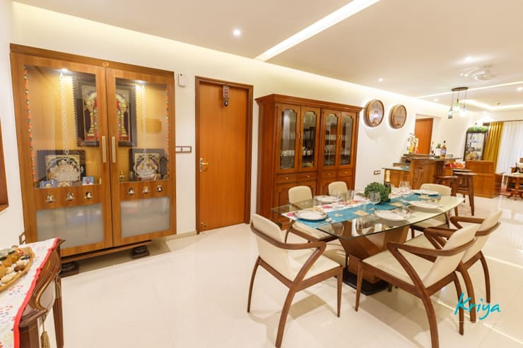 3 BHK Apartment—Fairmont Towers, Bengaluru: classic Dining room by KRIYA LIVING