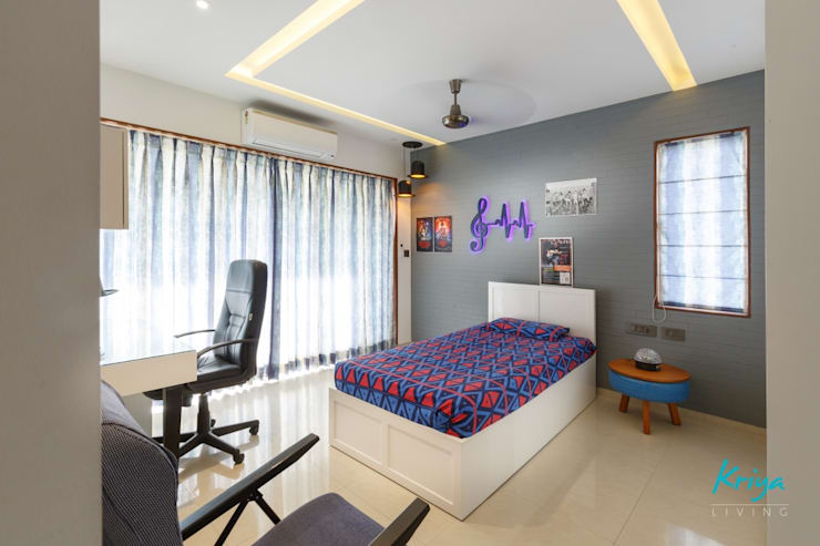 3 BHK Apartment—Fairmont Towers, Bengaluru: classic Bedroom by KRIYA LIVING