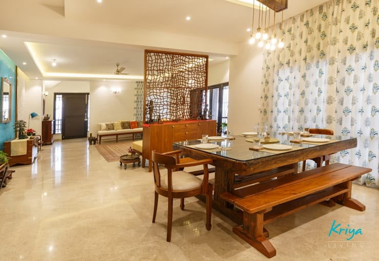 Classic Revive - Prestige Oasis: classic Dining room by KRIYA LIVING