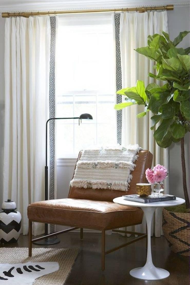 Mesa de Apoyo Tulip: Livings de estilo  por Todo Interiores,