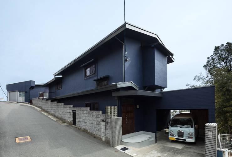 EARTH HOUSE: SQOOL一級建築士事務所が手掛けた木造住宅です。