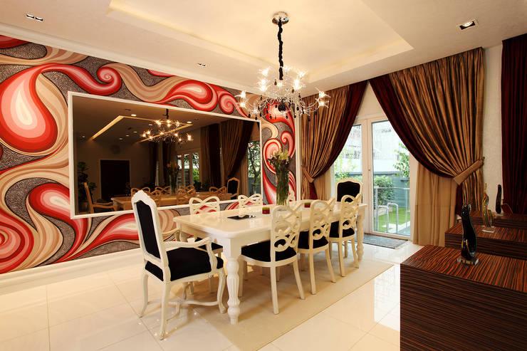 Raflessia:  Dining room by Hatch Interior Studio Sdn Bhd