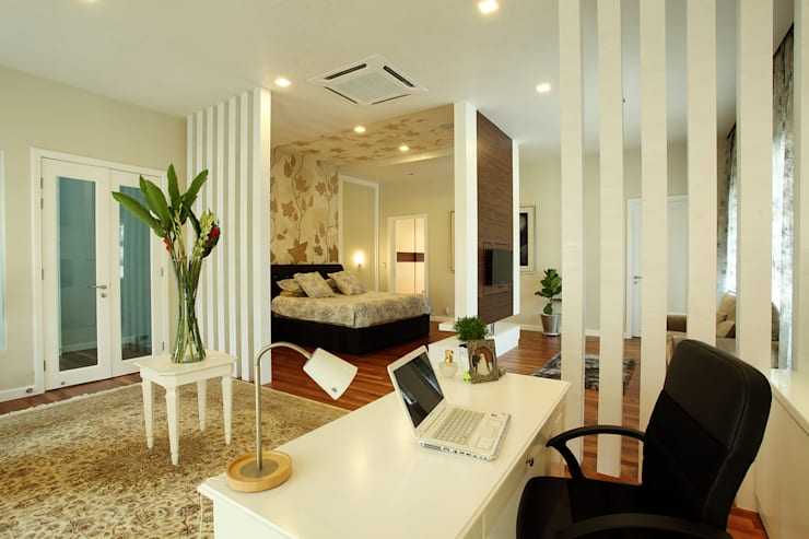 Raflessia:  Study/office by Hatch Interior Studio Sdn Bhd