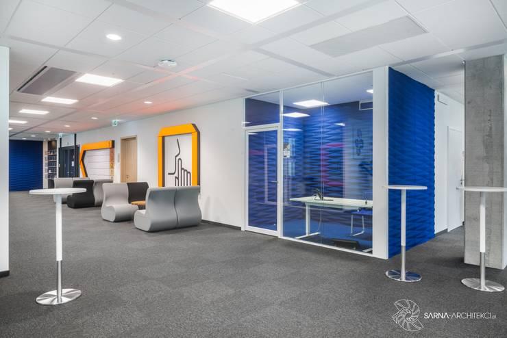 nowoczesne biuro, quiet room: styl , w kategorii Przestrzenie biurowe i magazynowe zaprojektowany przez SARNA ARCHITECTS   Interior Design Studio