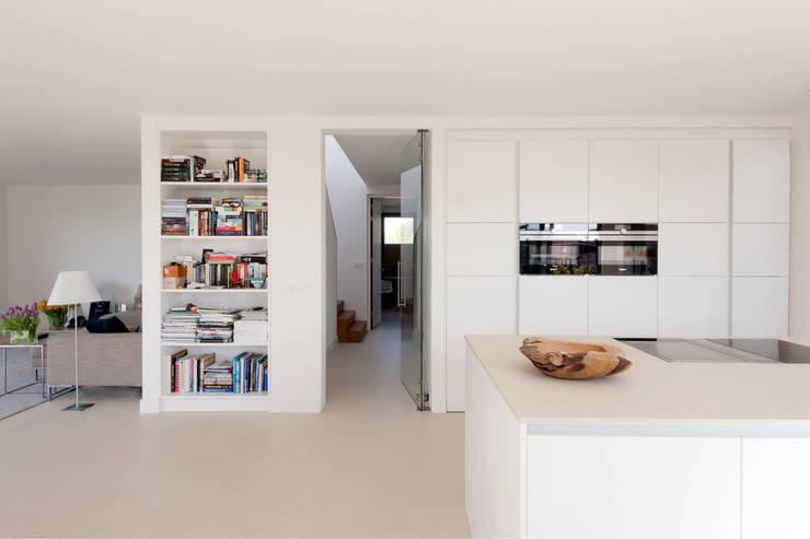 Keuken door JADE architecten, Modern