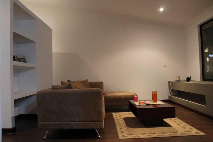 Sala: Salas de estilo  por ATELIER HABITAR, Moderno