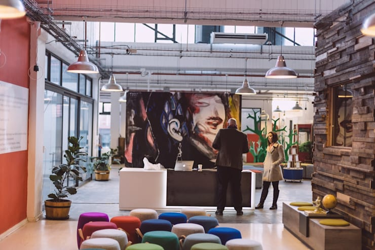 Google Pop-Up Office:  Office spaces & stores  by Hello Charlie