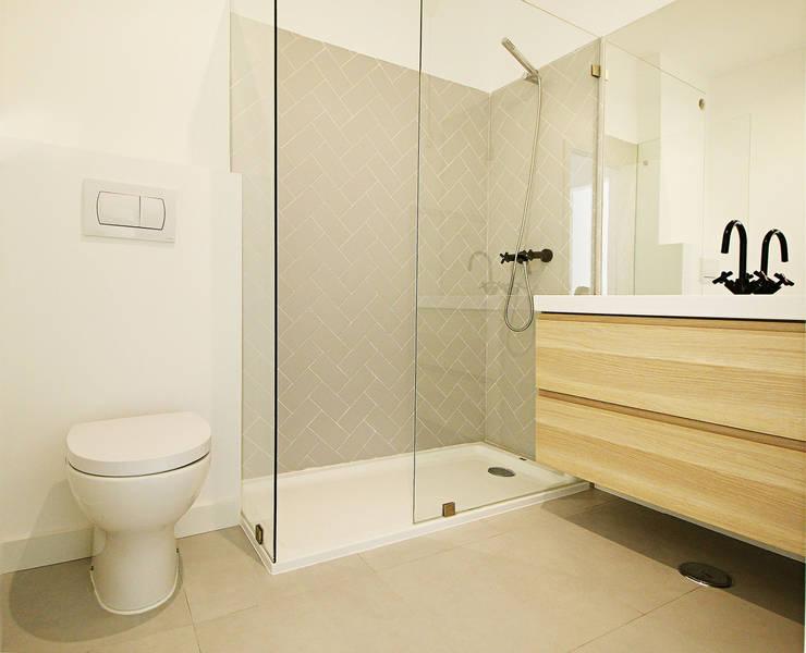 A Casa da Mariana: Casas de banho  por Homestories