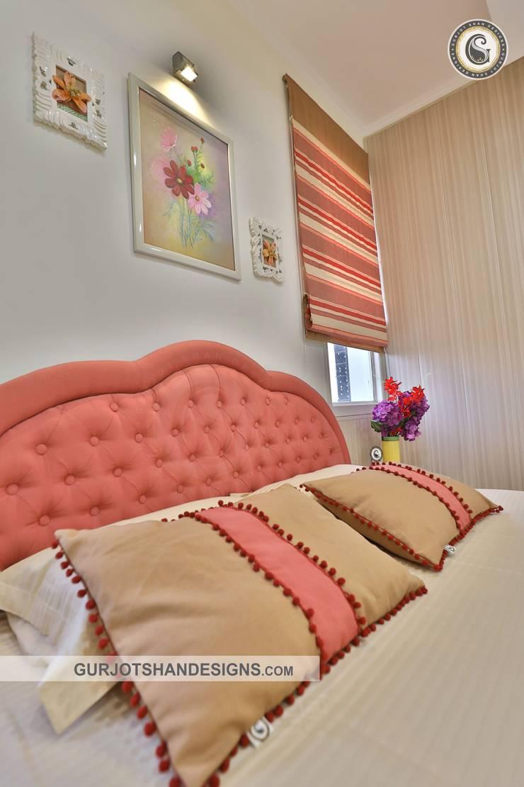 Contemporary Bedroom Design:   by Gurjot Shan Designs
