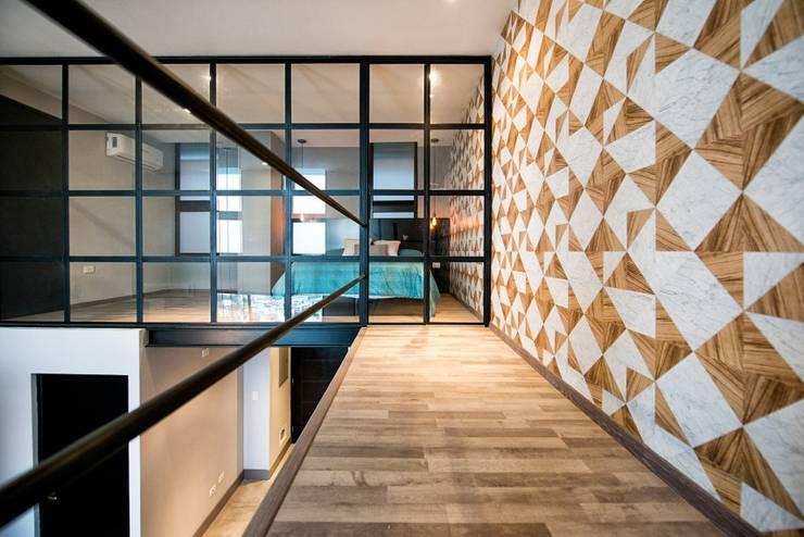 Ruang Keluarga oleh ESTUDIO TANGUMA, Modern Kayu Buatan Transparent