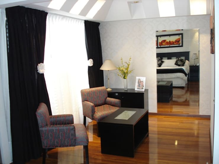 Ampliación Dormitorio Patricia: Dormitorios de estilo  por Construye Tu Proyecto,