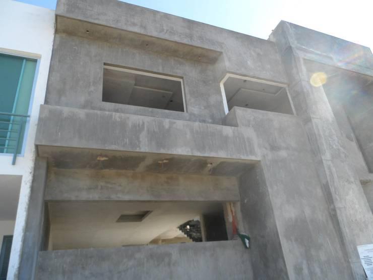 CASA NATURA: Casas de estilo  por PESA ARQUITECTOS