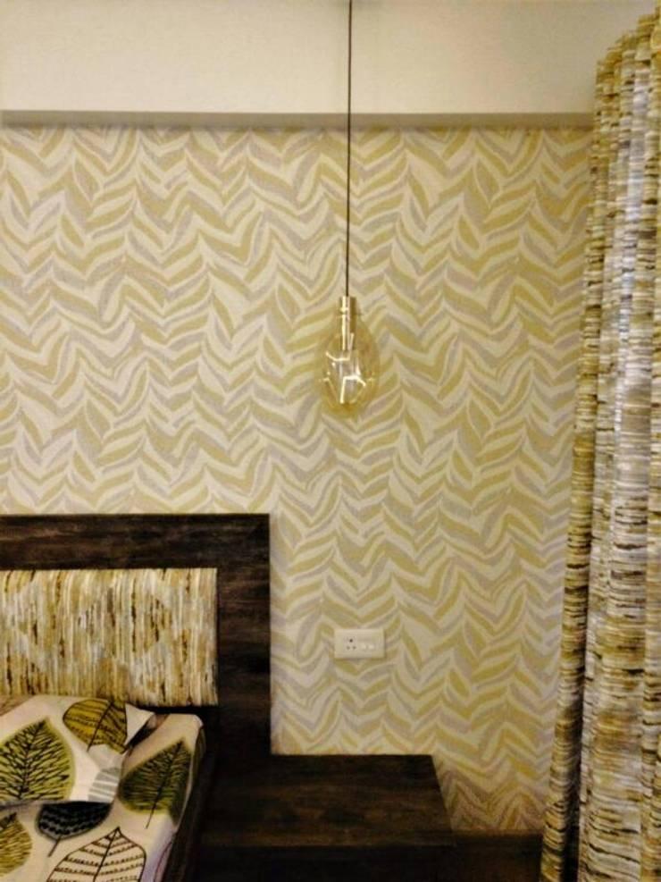 Veneer based minimilist theme: asian Bedroom by The Wood Works Club